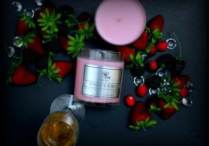 berrie & Bubbly 8 oz candle
